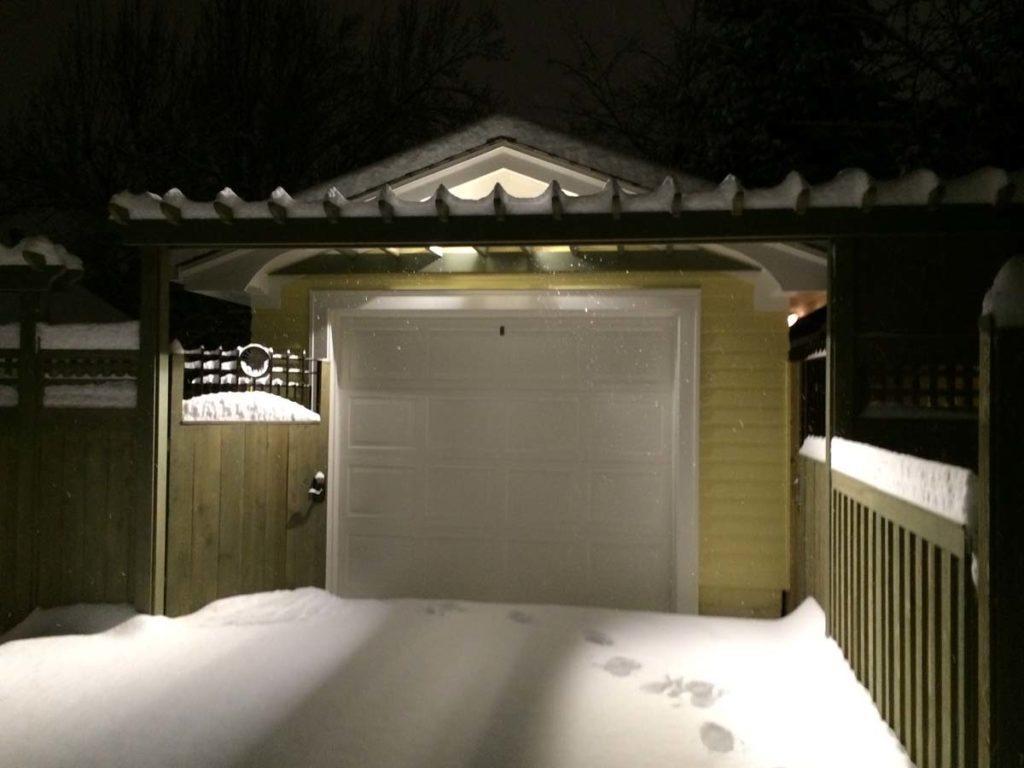 carpentry with snow landscape design 6