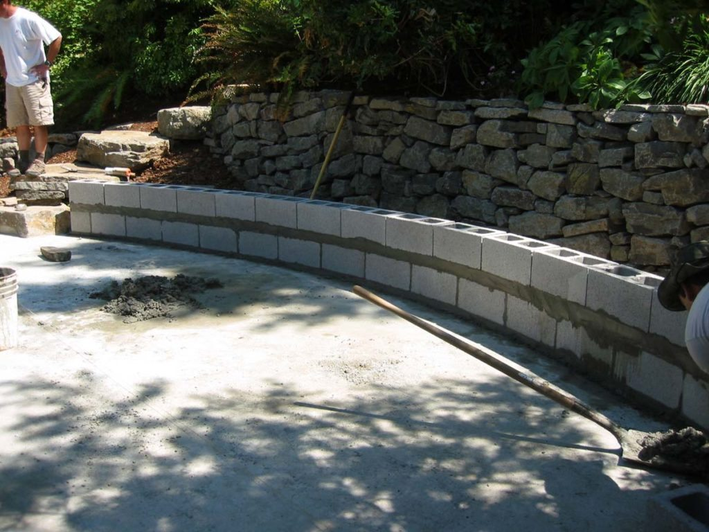 seat wall construction and stack stone retaining wall in salem oregon