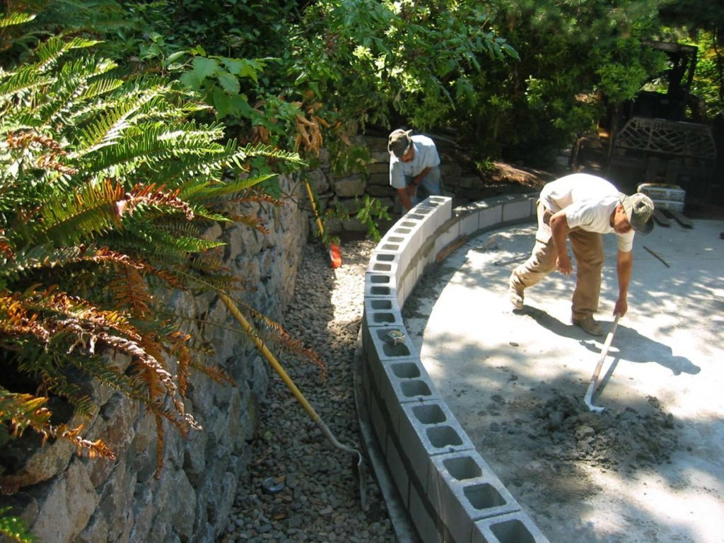 seat wall construction and stack stone retaining wall in salem oregon 2