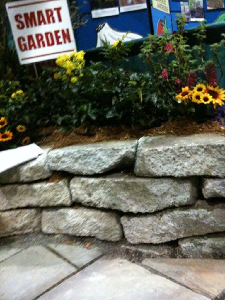 smart garden wall salem
