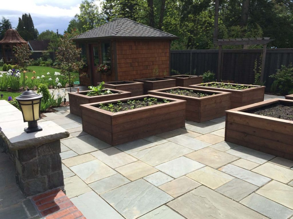 bluestone courtyard and raised beds in salem oregon 7