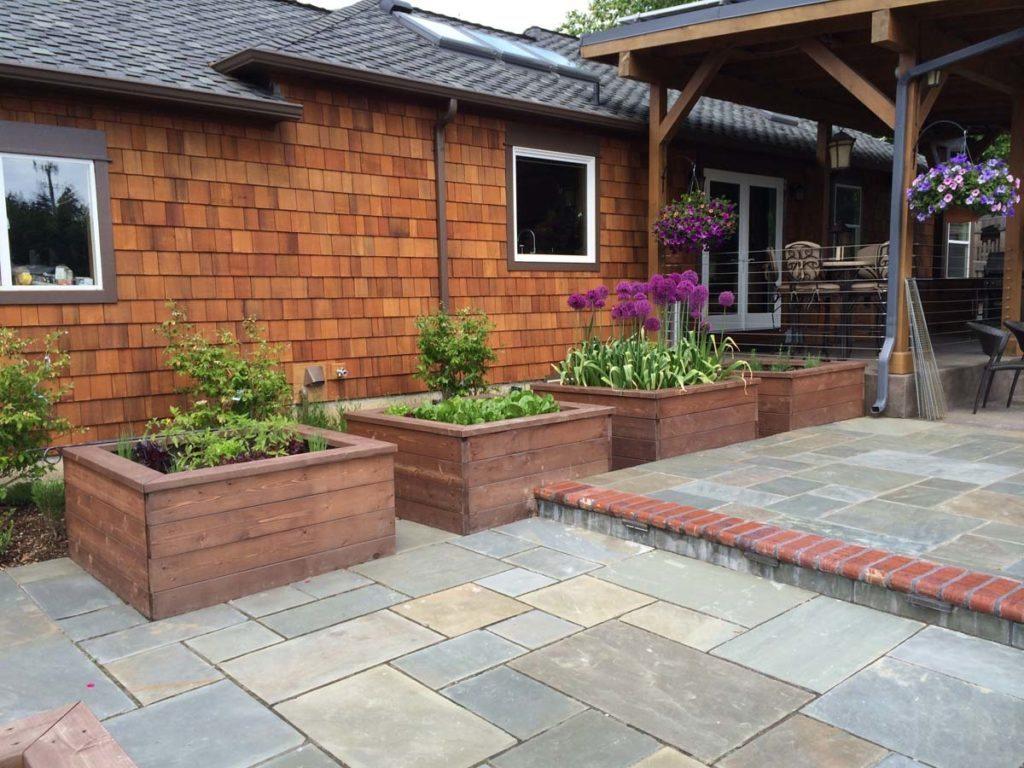 bluestone courtyard and raised beds in salem oregon 5