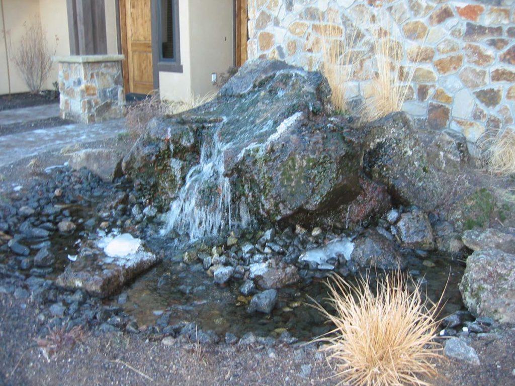 bubble rock water feature salem oregon