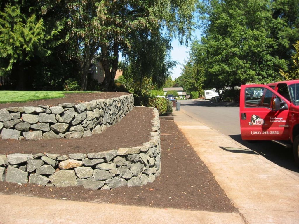 retaining wall install landscape design