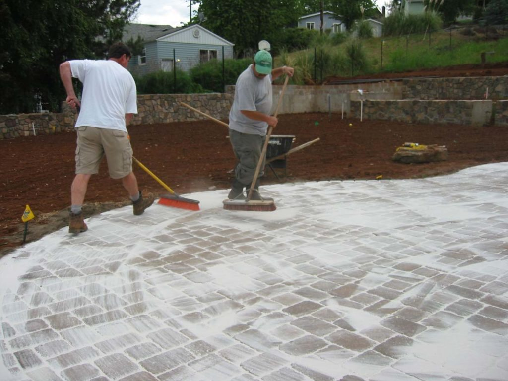 concrete pavers outdoor living salem landscape 3