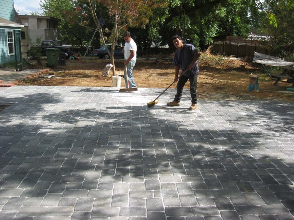 concrete pavers outdoor living salem landscape 2