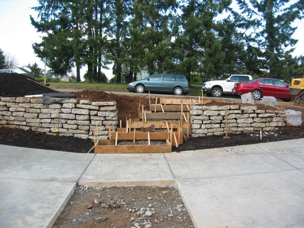 concrete steps forms and recycled concrete wall salem oregon