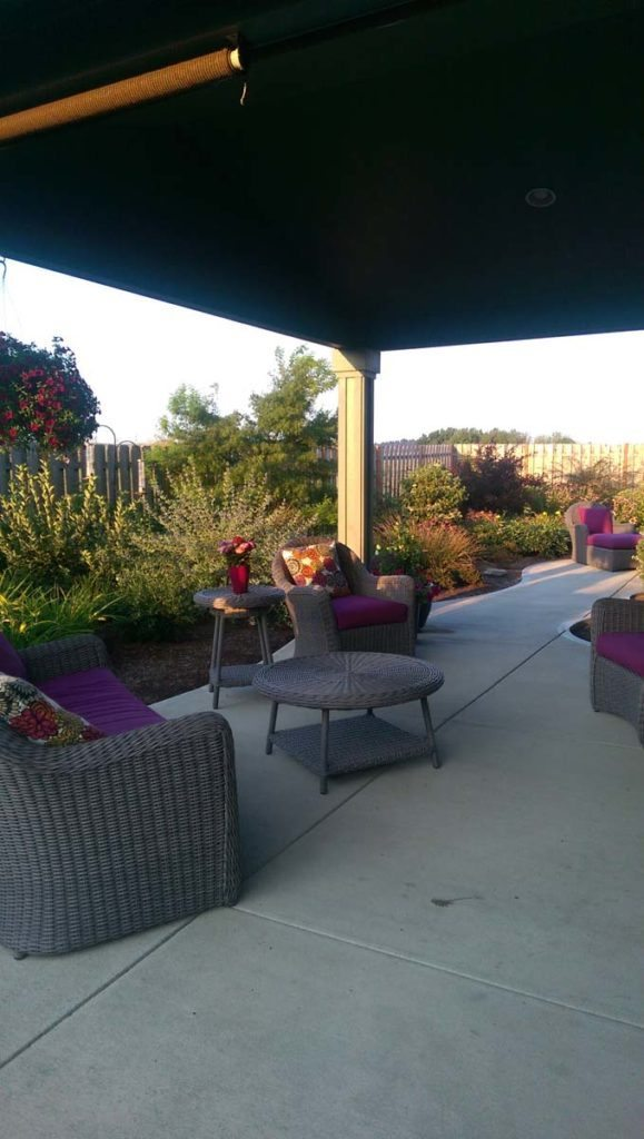 outdoor living with patio furniture in salem oregon 3