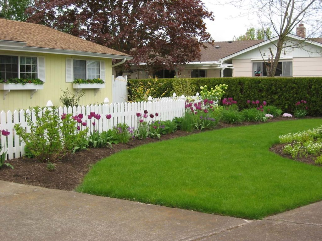 front landscaping design with grass lawn 6