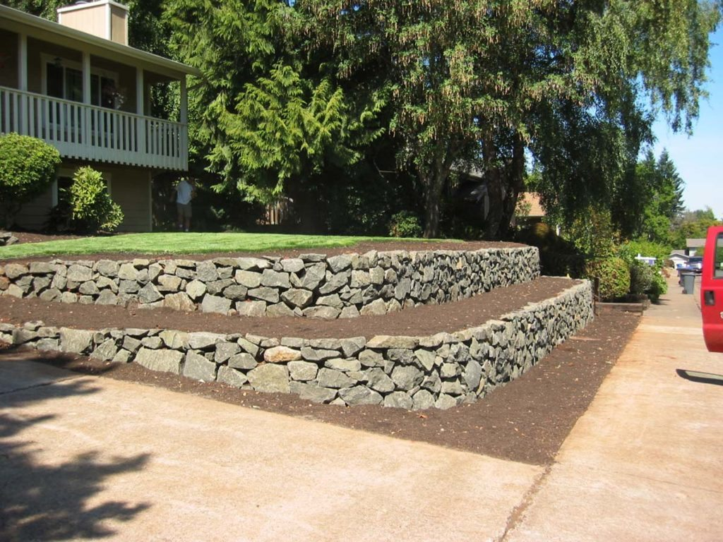 landscape design of dual retaining wall in salem oregon