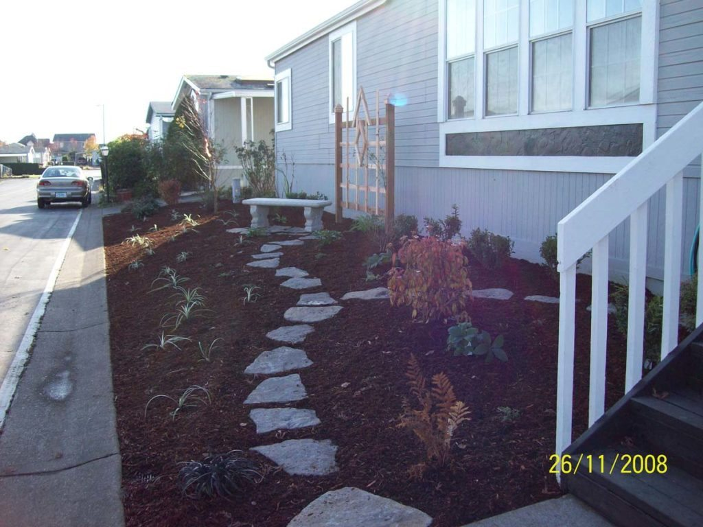 cedar trellis with bench and split stone walkway in salem oregon 3