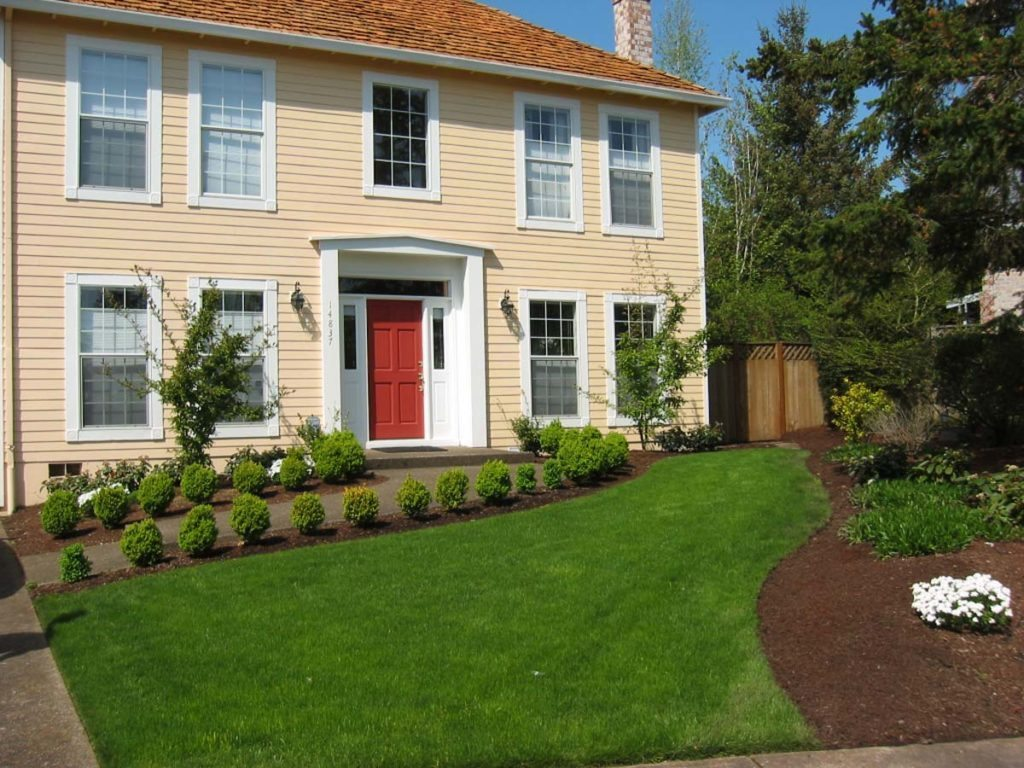 entryway landscape design with boxwoods and lawn salem oregon