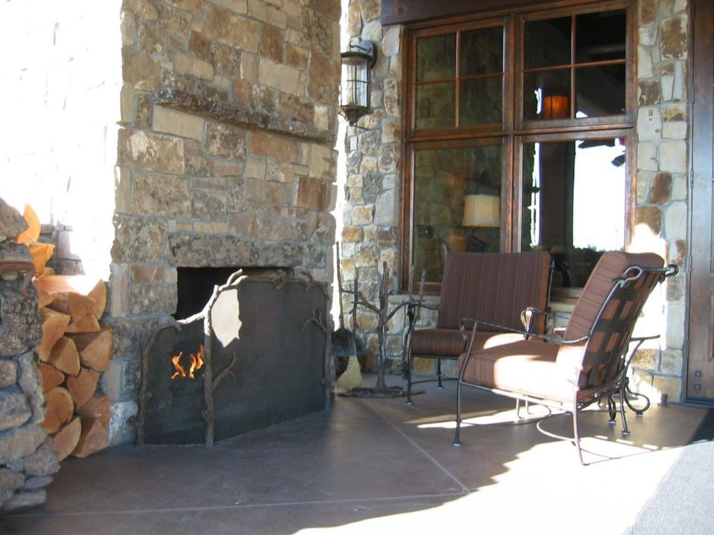 outdoor fireplace with furniture in salem oregon