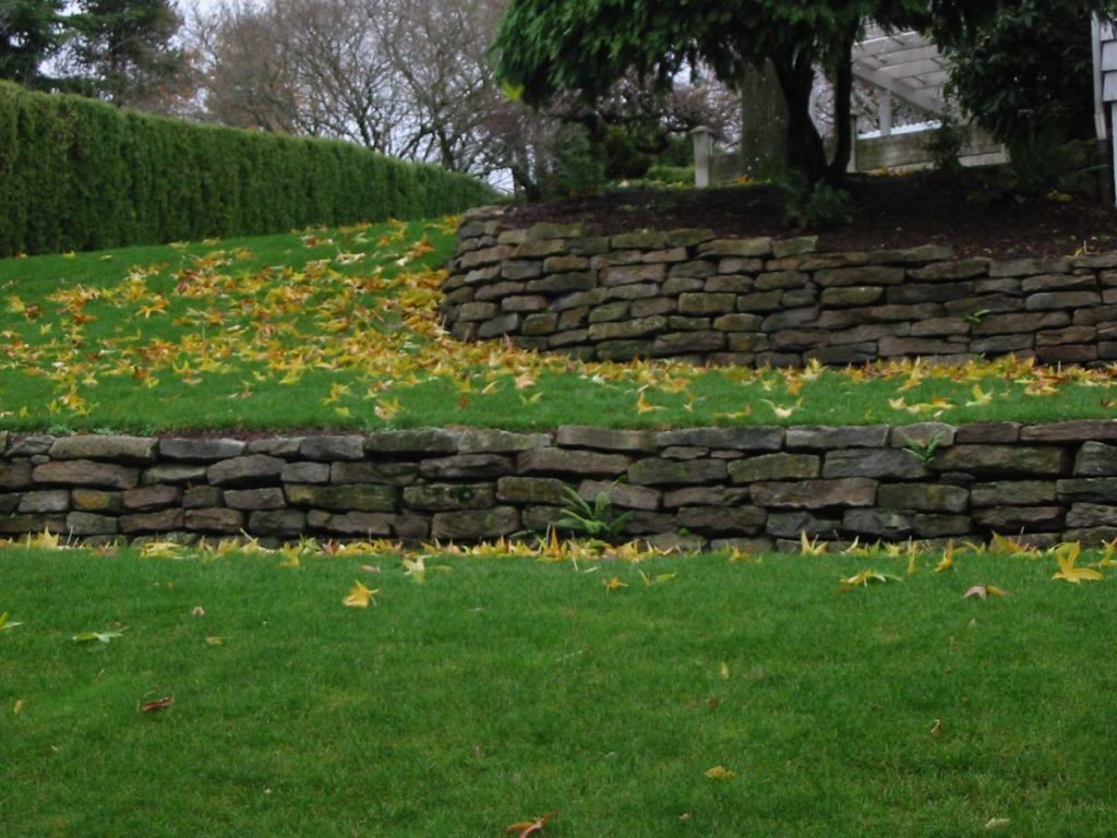 ledgestone wall terraces in salem oregon 2