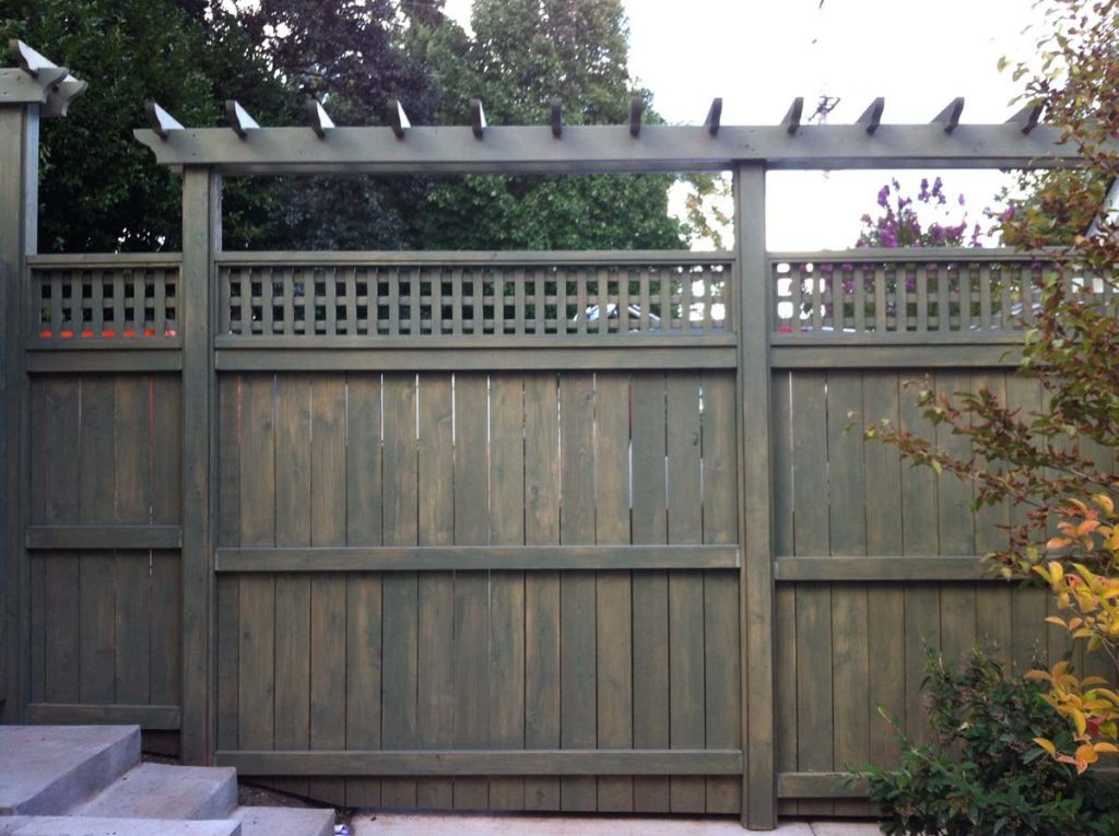 carpentry with screen for privacy in salem oregon