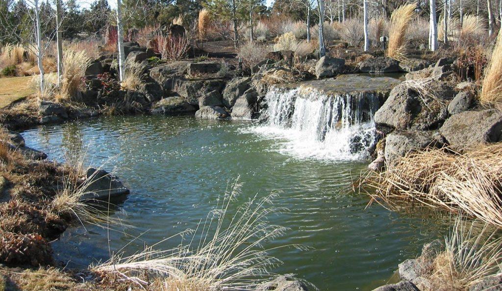 waterfalls in water feature landscape design 2