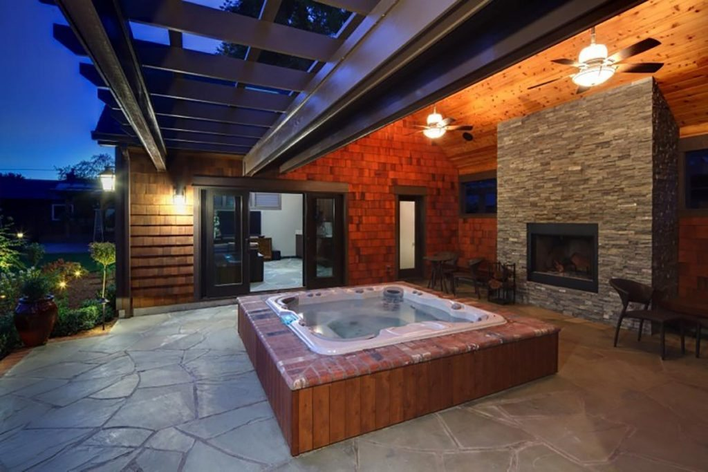 Soaking Spas & Exercise Pools landscape design 4
